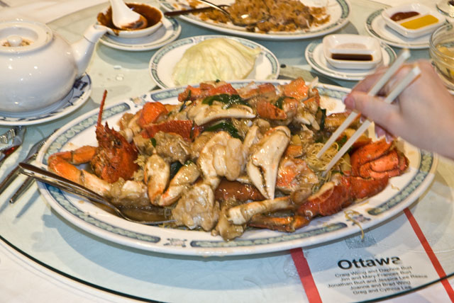Banquet crab and lobster